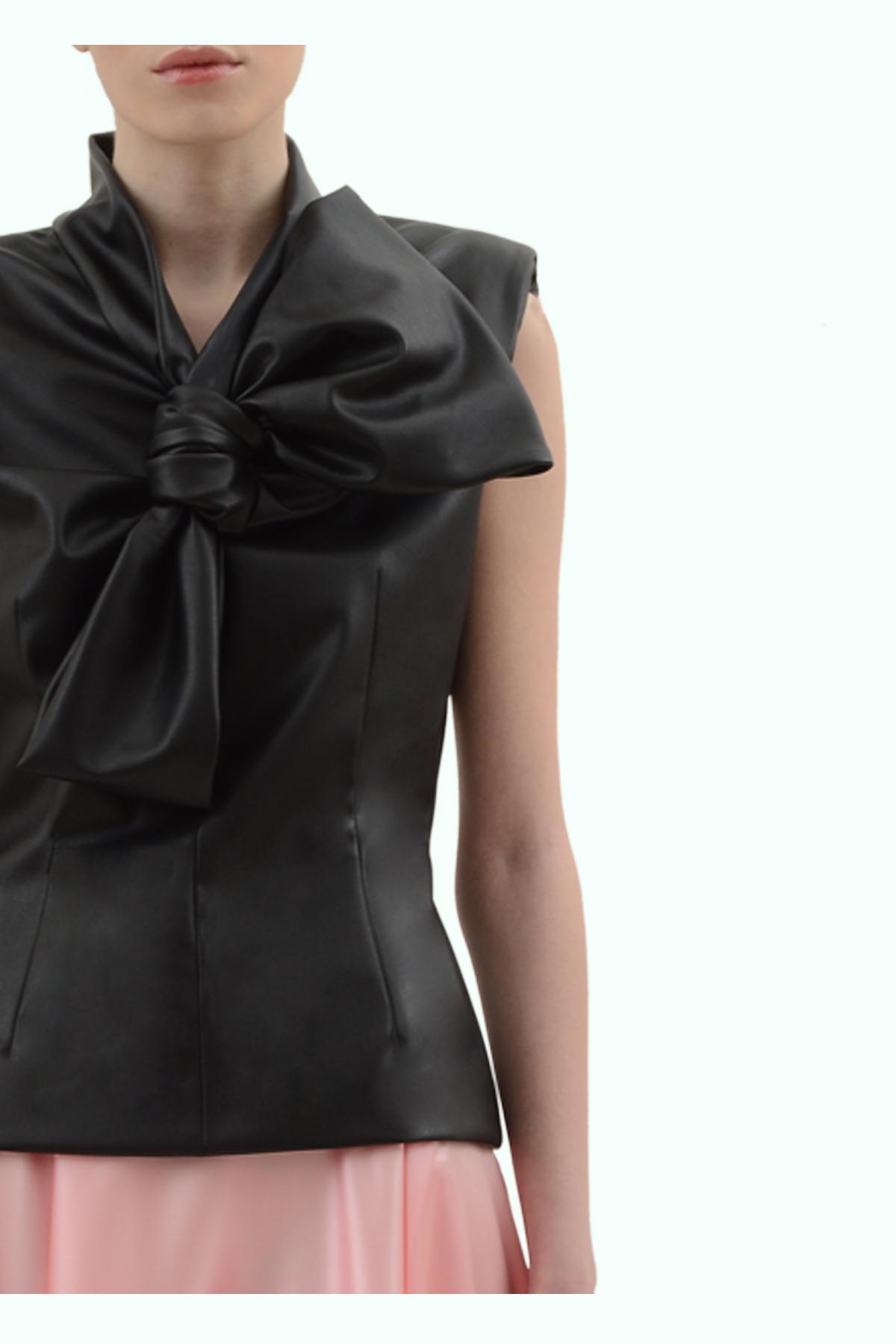 Black vegan leather bow top 3