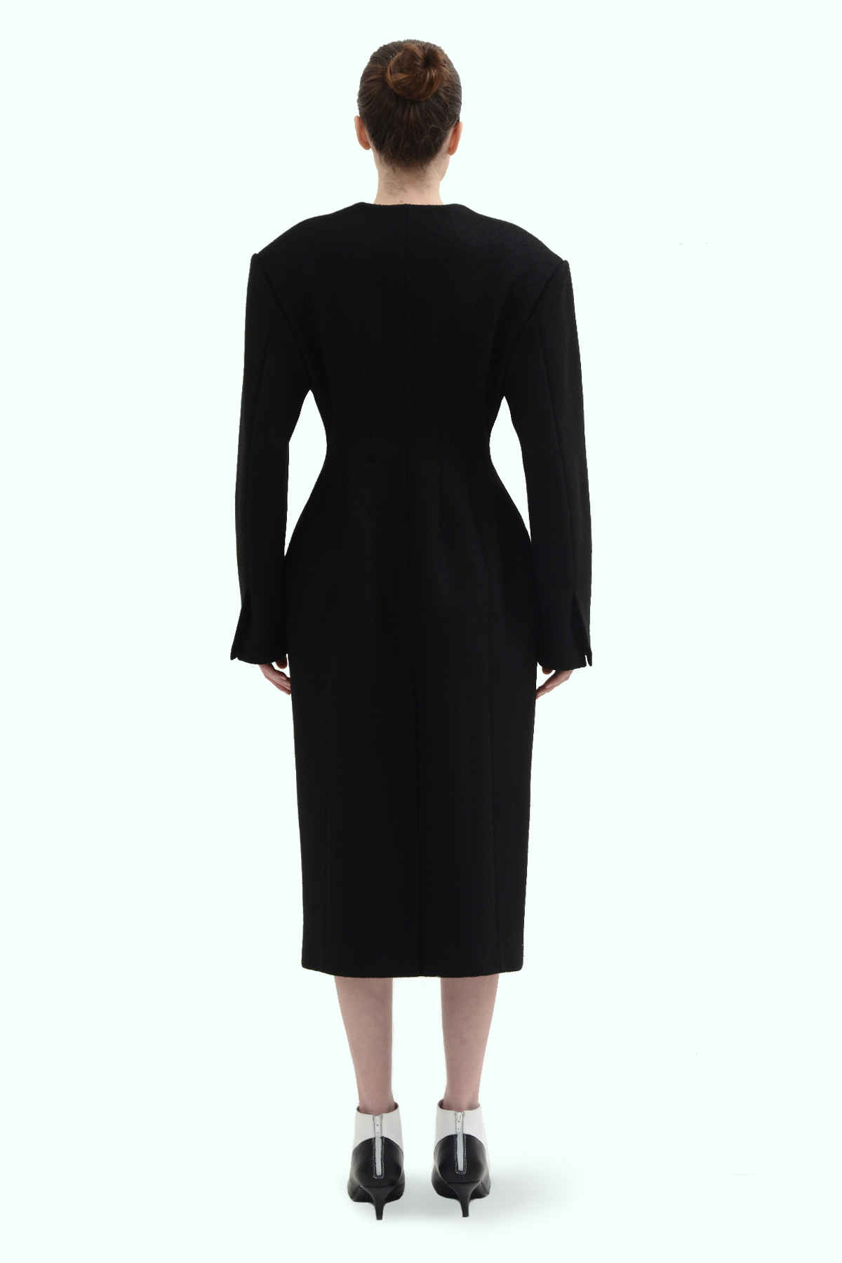Black wool fitted coat 4