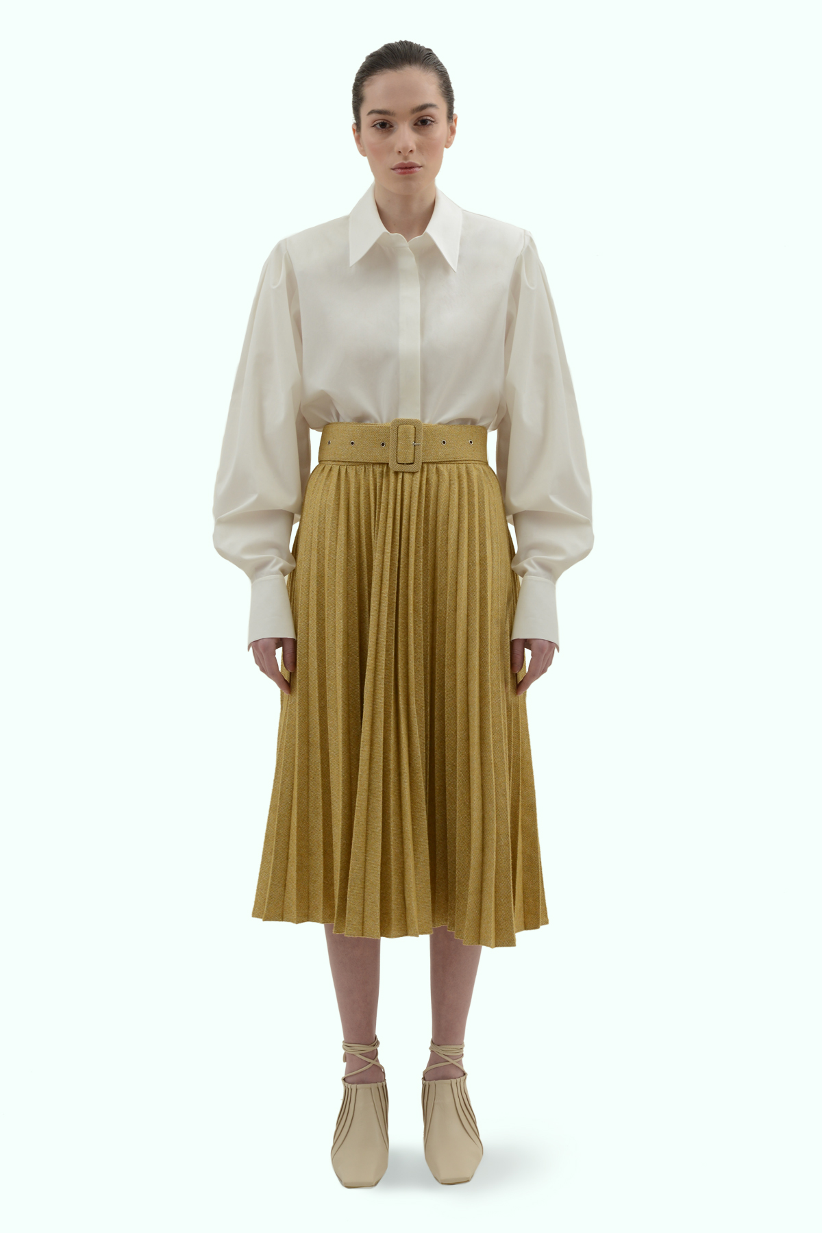 Mustard tweed pleated skirt with a belt 2