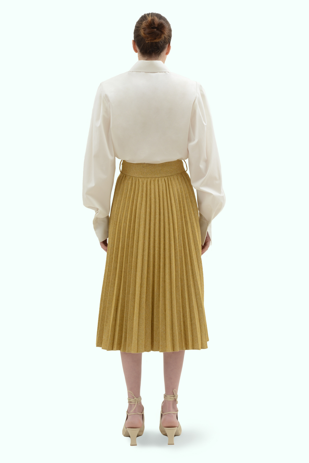 Mustard tweed pleated skirt with a belt 4