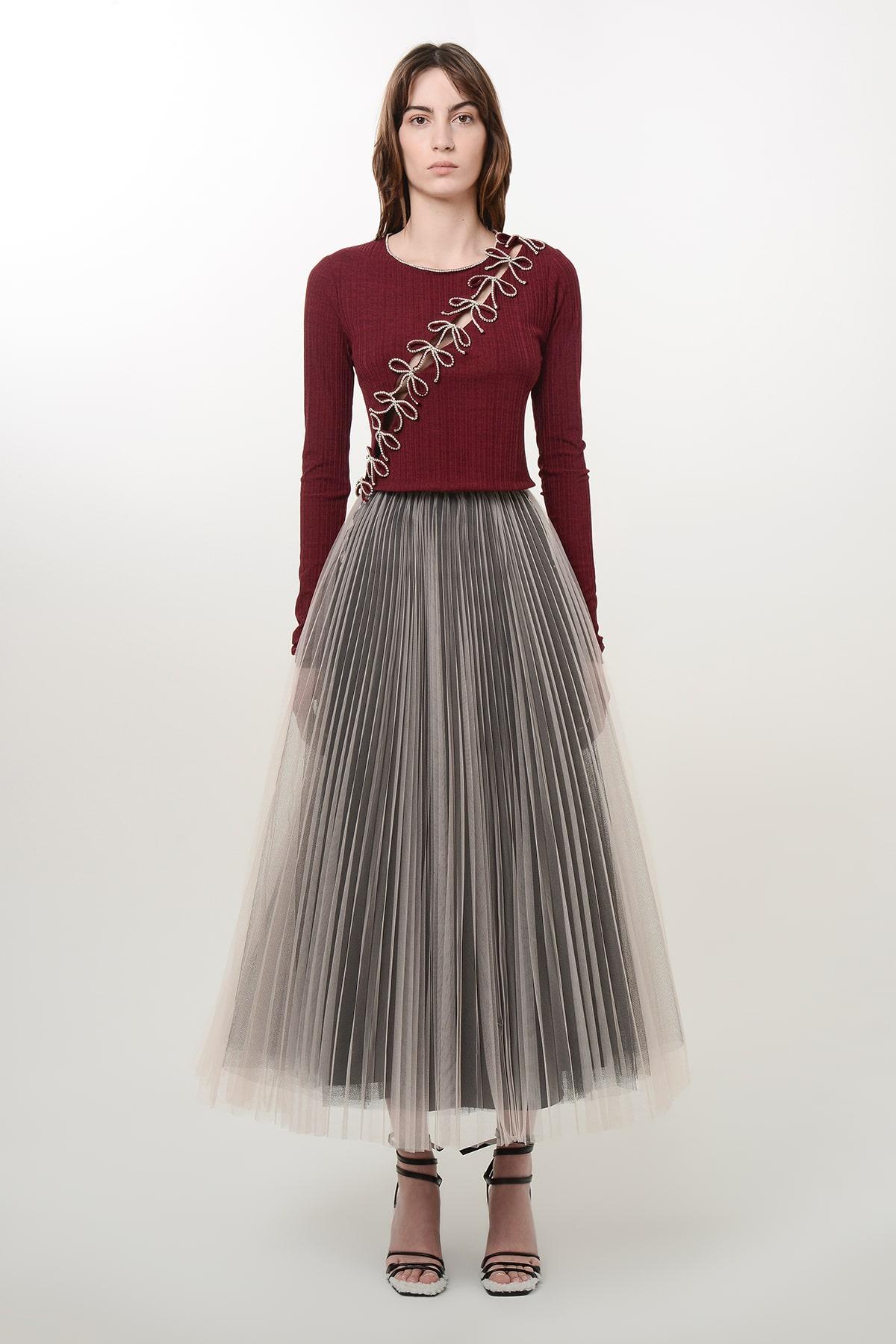 Pleated beige and black ballerina skirt 1