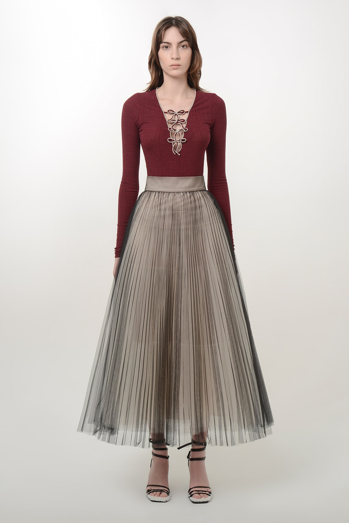 Pleated black and beige ballerina skirt 1