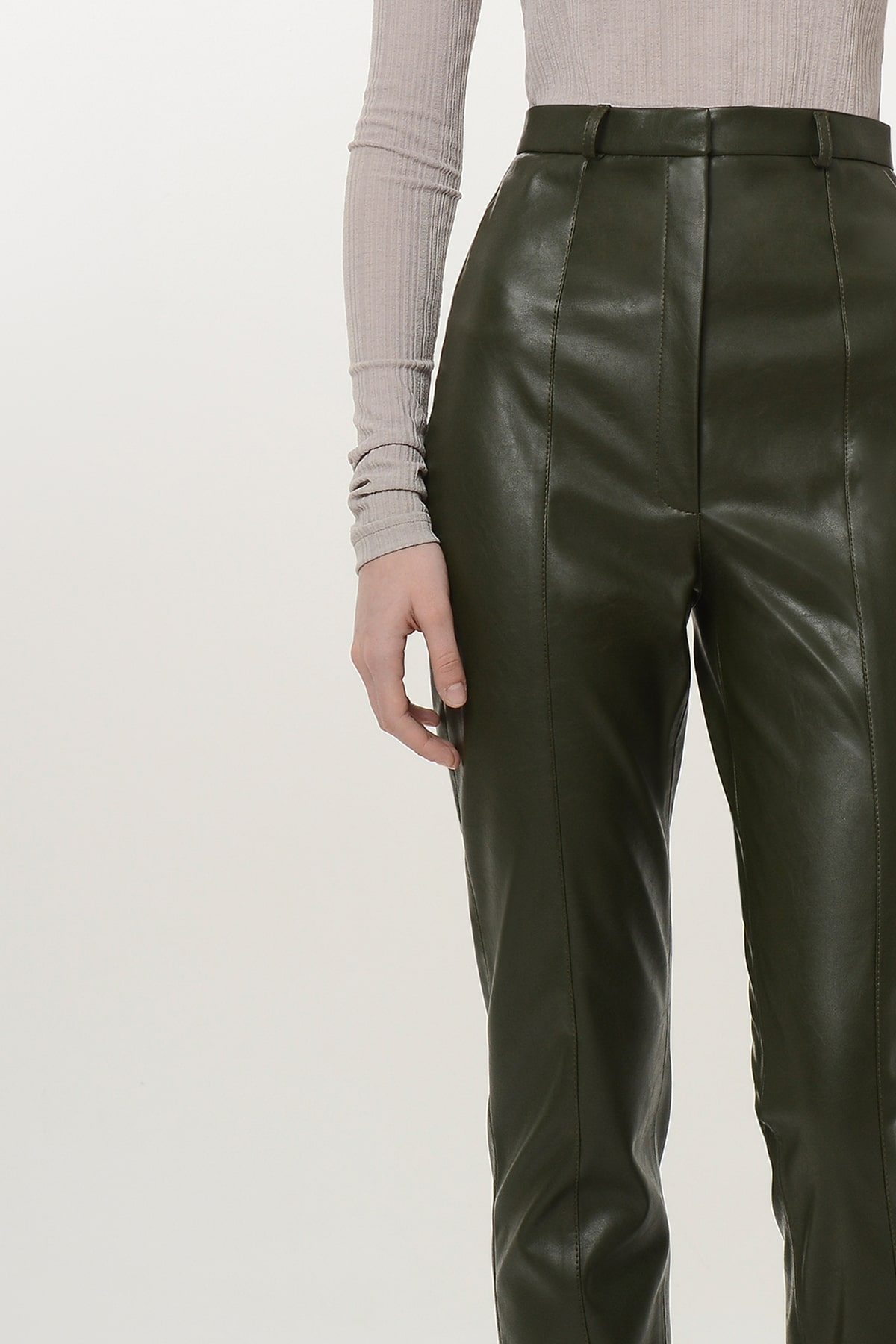 Straight vegan leather pants with zippers 4