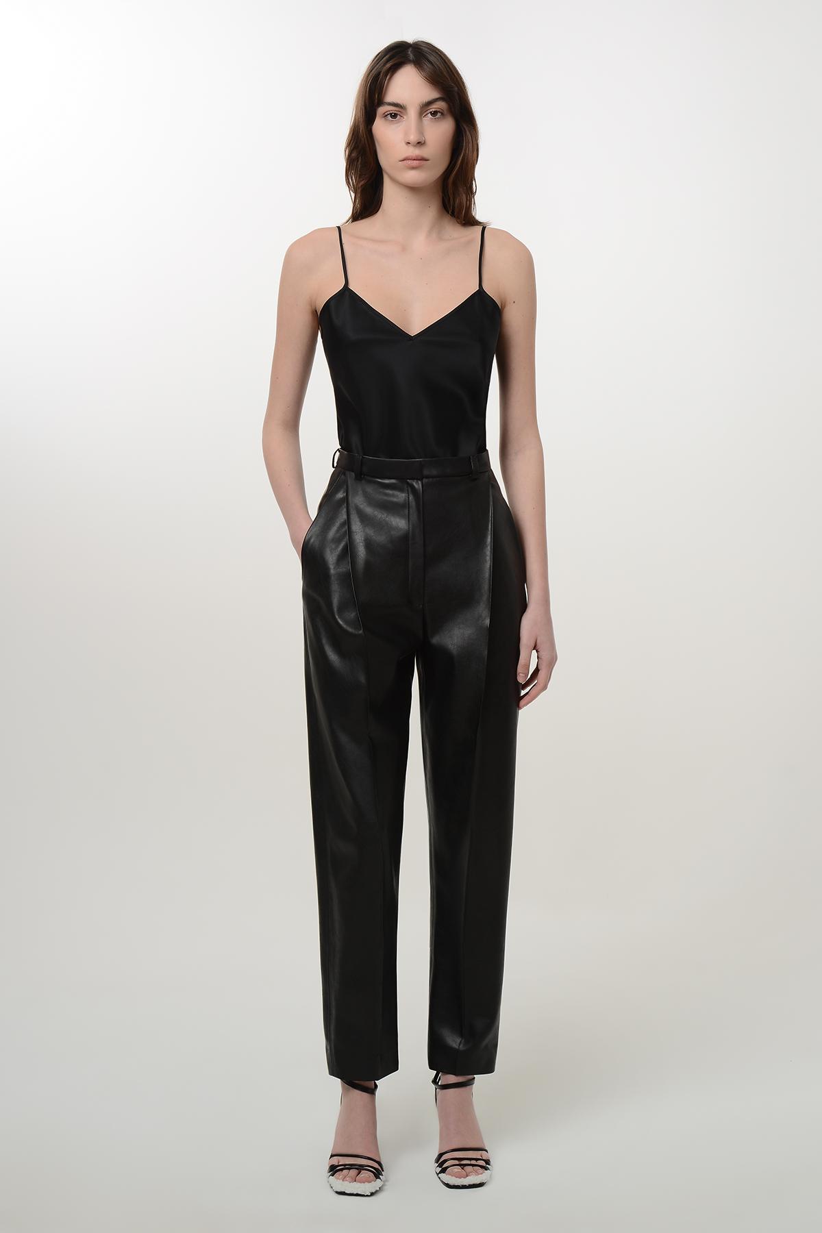 High waisted vegan leather paggy pants