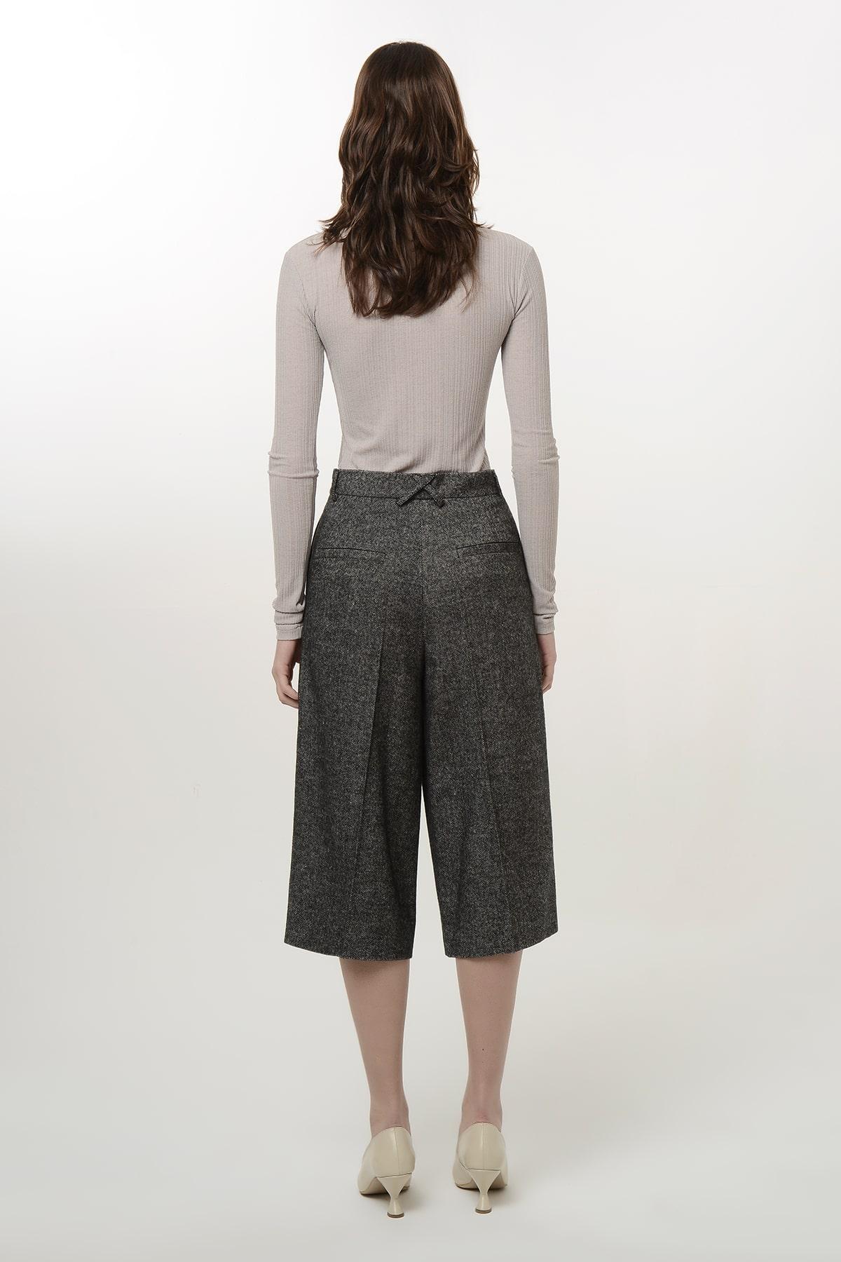 Tweed bermuda shorts 2