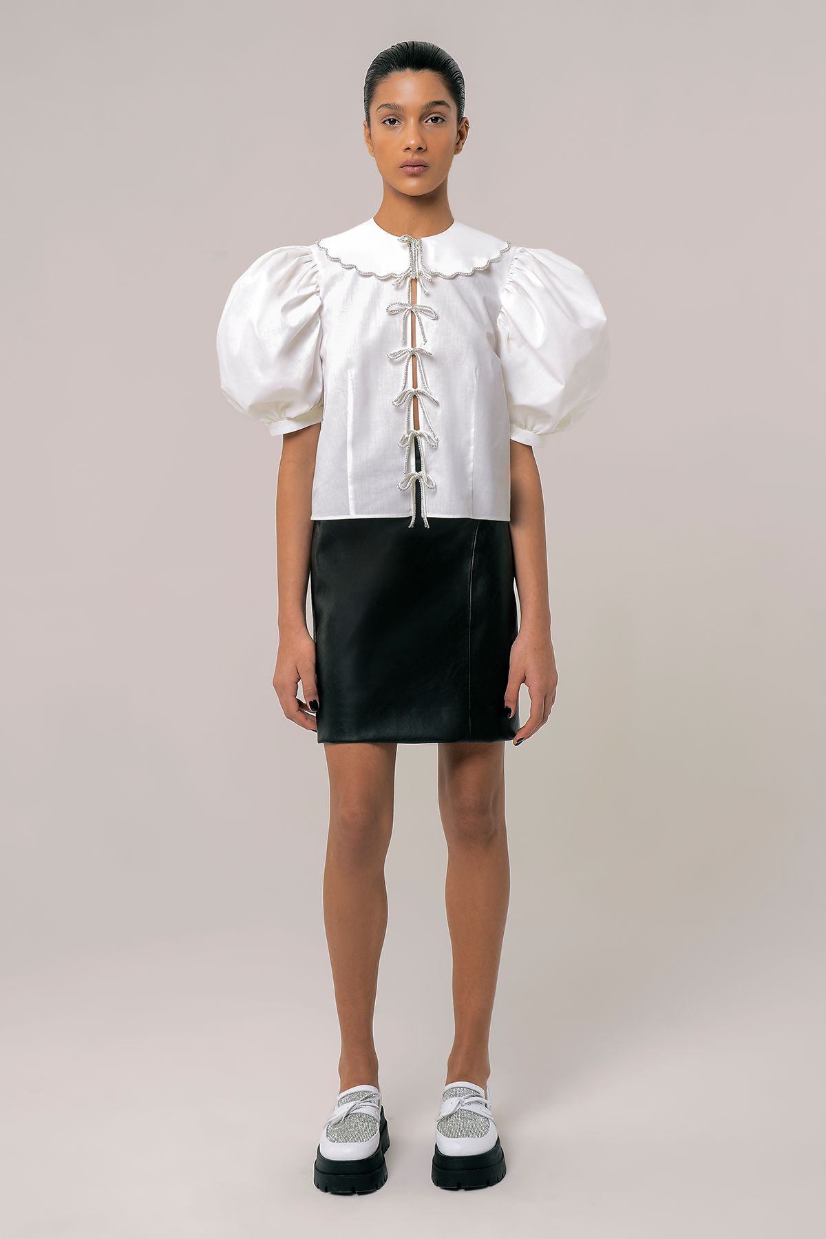 Blouse with embroidered collar and ribbons