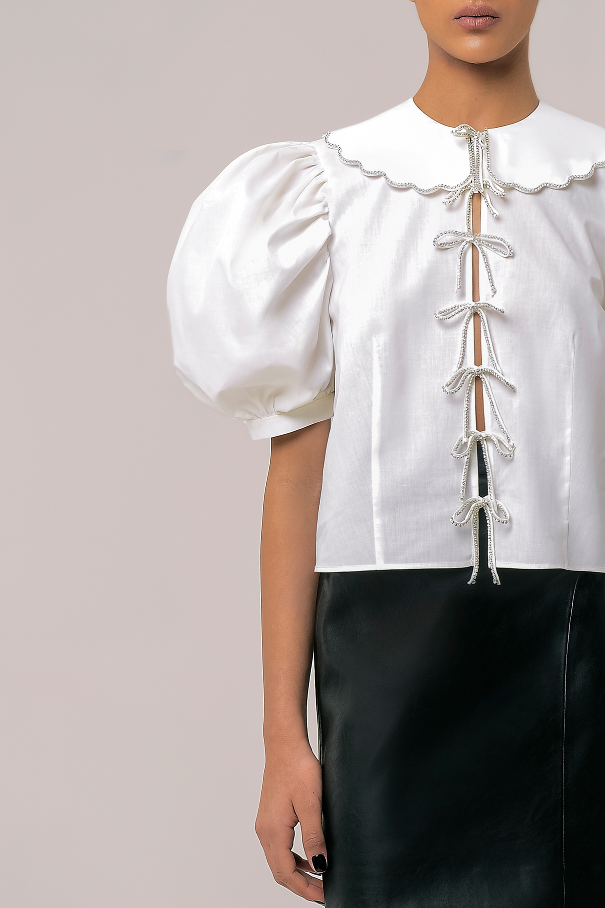 Blouse with embroidered collar and ribbons 3