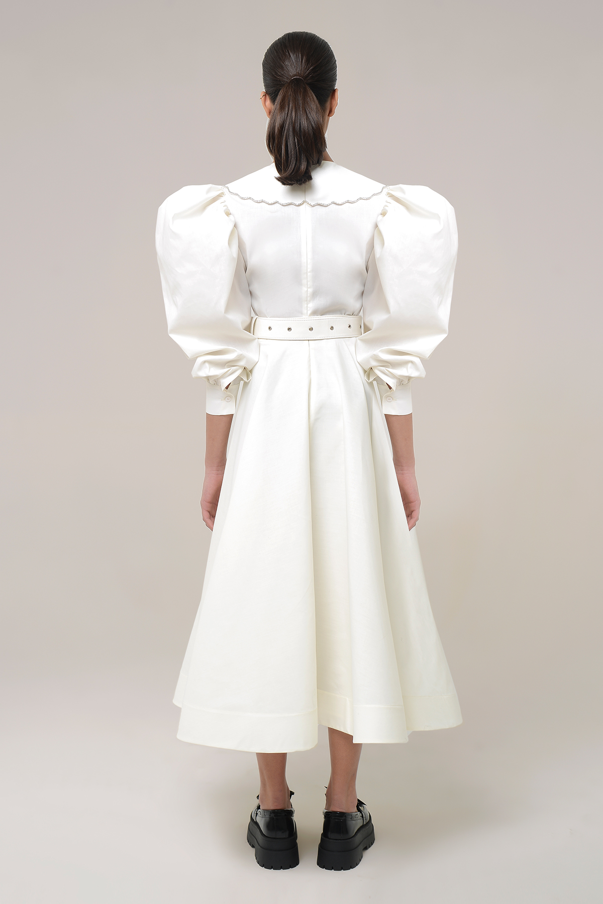 Puff sleeve shirt dress with  embroidered collar 2