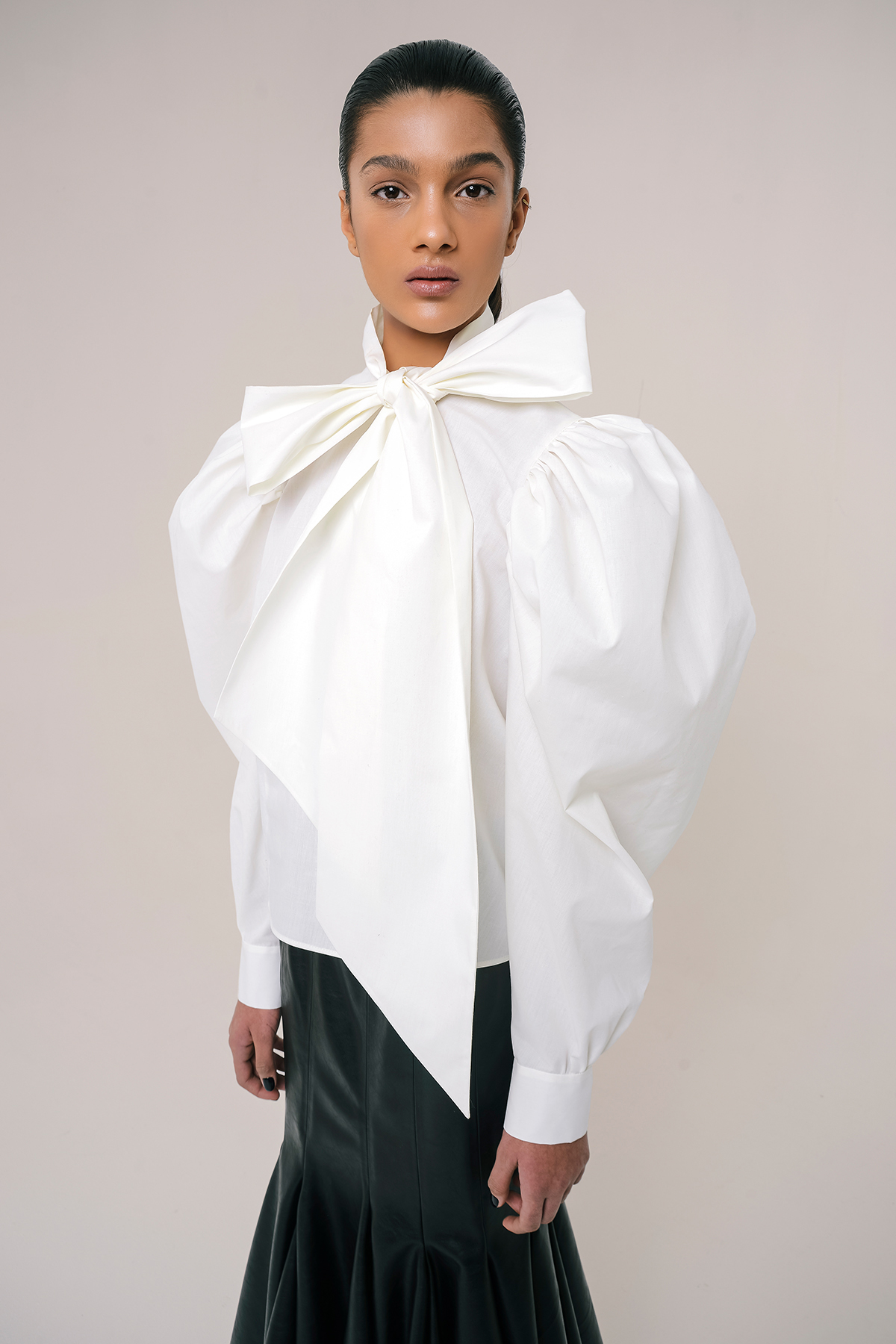 Bow tie cotton shirt 3