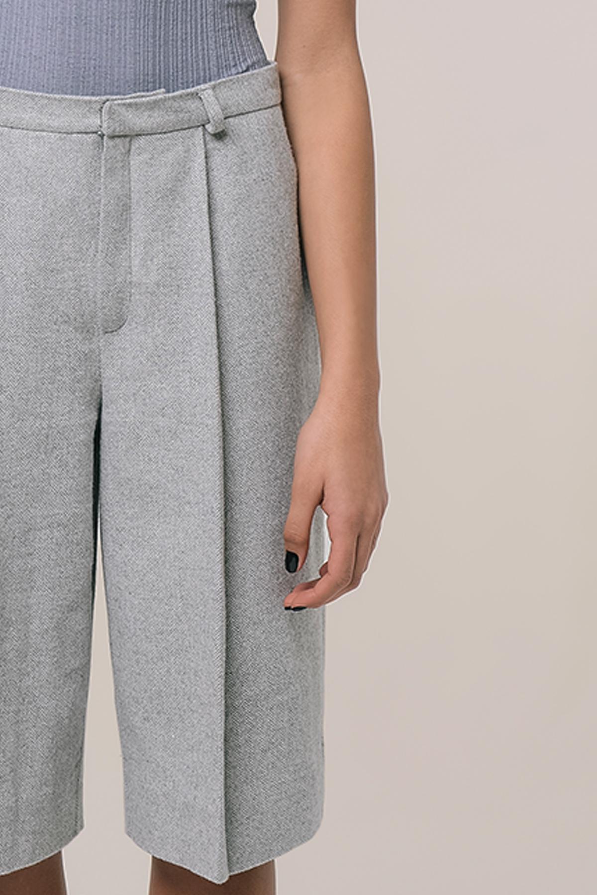 High waisted tweed shorts 4